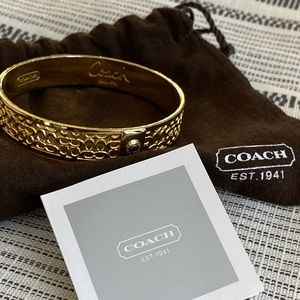 Vintage Coach Signature C Bangle- Goldtone